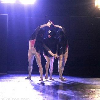 GRAEAE, Tanzfest der Deutschen Tanzkompanie Neustrelitz, Tänzer: Peter Copek, Mai Ota, Nora Paneva, Photography: Detlef Klose